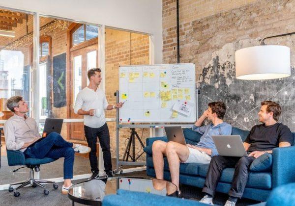 Y Combinator: l'incubatore per startup che guida il tuo business